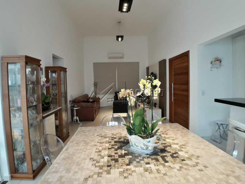 Sala dois ambientes - Casa em Condominio À Venda - Itatiba - SP - Residencial Fazenda Serrinha - FCCN30365 - 3