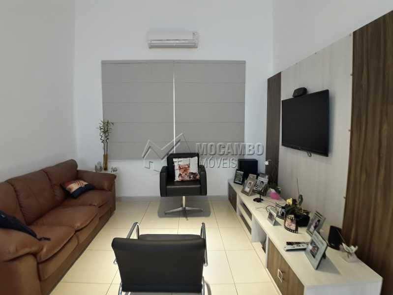 Sala  - Casa em Condominio À Venda - Itatiba - SP - Residencial Fazenda Serrinha - FCCN30365 - 4