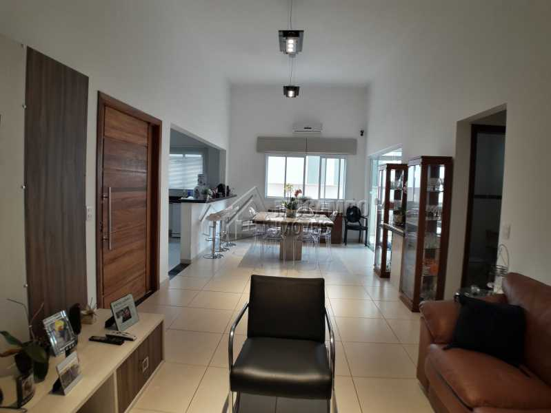 Sala dois ambientes - Casa em Condominio À Venda - Itatiba - SP - Residencial Fazenda Serrinha - FCCN30365 - 1