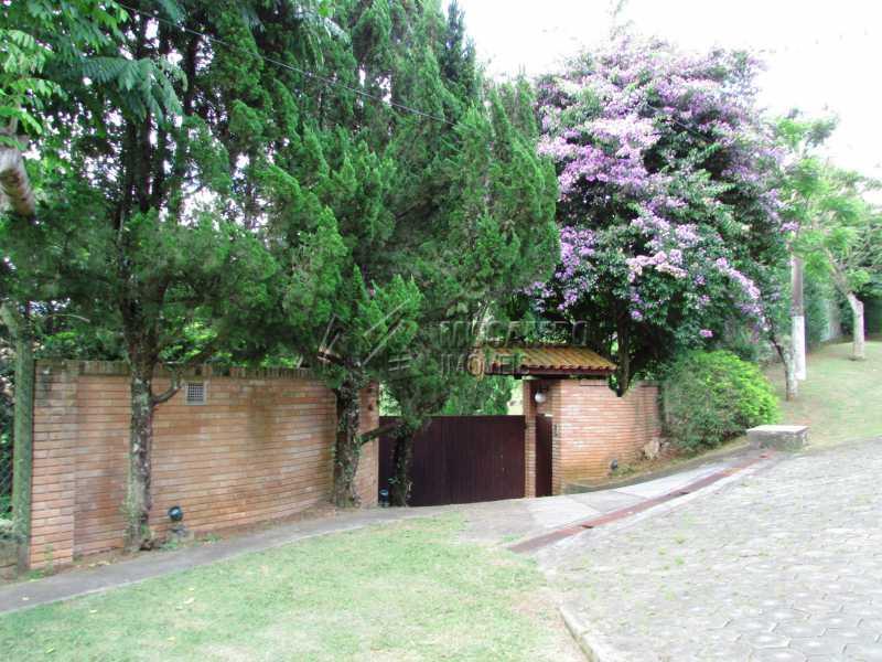 Entrada - Casa em Condominio Para Alugar - Itatiba - SP - Sítio da Moenda - FCCN60006 - 1