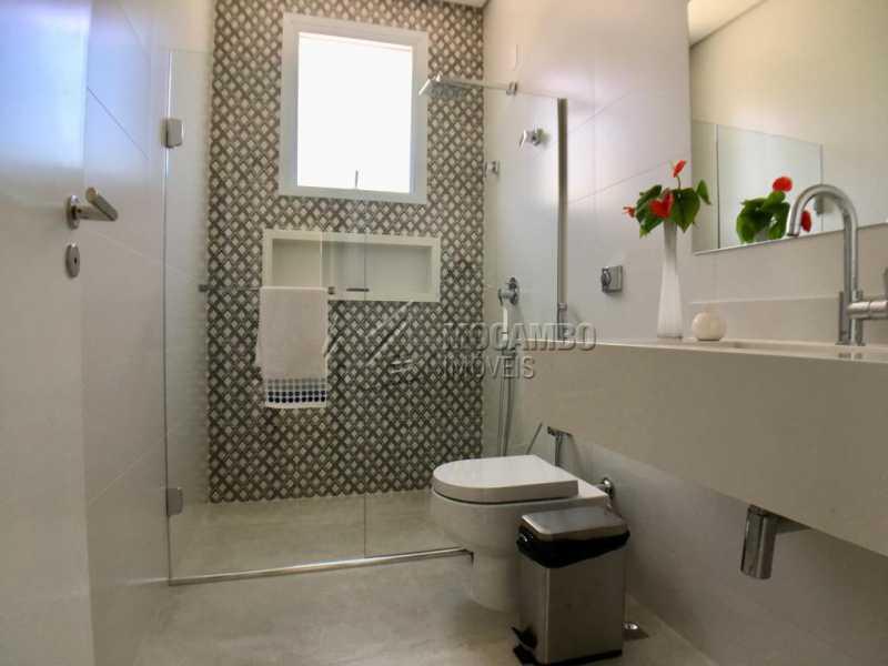 Banheiro suíte - Casa À Venda no Condomínio Reserva Santa Rosa - Jardim Arizona - Itatiba - SP - FCCN30367 - 21