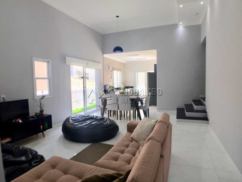 Salas  - Casa em Condominio em condomínio À Venda - Condomínio Itatiba Country Club - Itatiba - SP - Residencial Fazenda Serrinha - FCCN30368 - 3