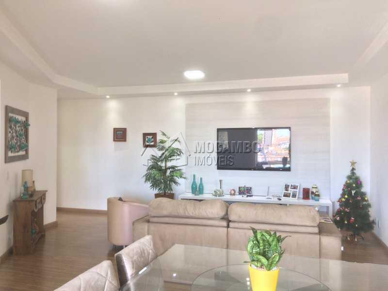 Sala - Apartamento Condomínio Edifício Panorama, Rua Augusto Cioffi,Itatiba, Centro, SP À Venda, 3 Quartos, 118m² - FCAP30459 - 4