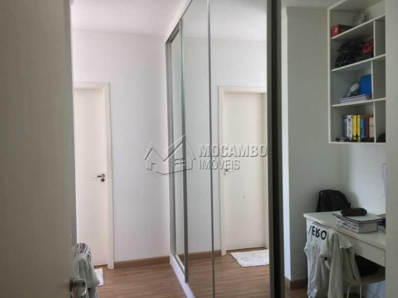 Closet - Apartamento Condomínio Edifício Panorama, Rua Augusto Cioffi,Itatiba, Centro, SP À Venda, 3 Quartos, 118m² - FCAP30459 - 12