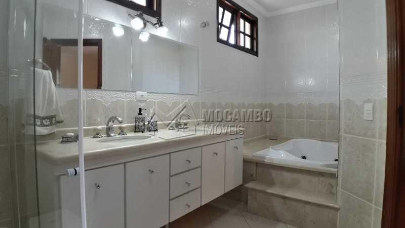 Banheiro Suíte 03 - Casa em Condomínio 4 Quartos À Venda Itatiba,SP - R$ 1.500.000 - FCCN40121 - 15