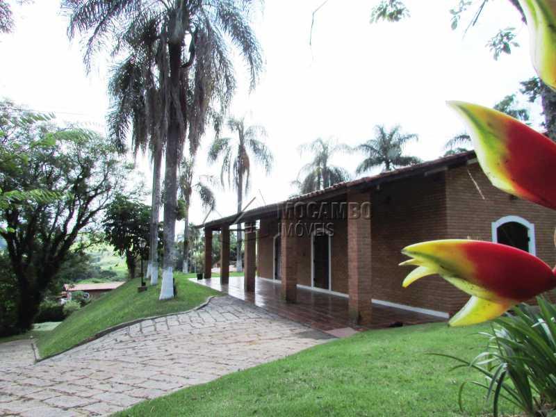 Muito verde - Casa em Condominio Para Alugar - Itatiba - SP - Ville Chamonix - FCCN30370 - 17