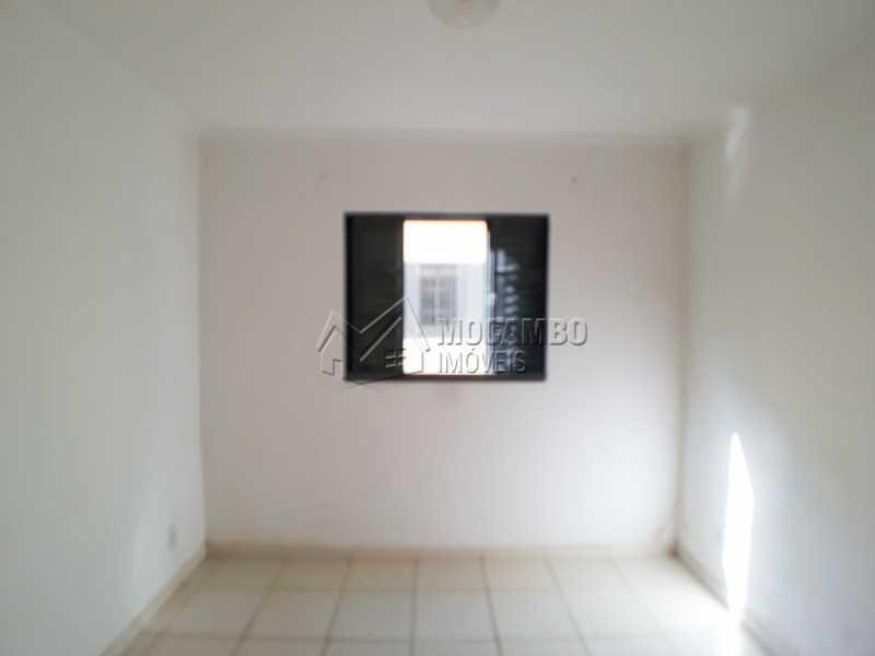 Dormitório 03 - Apartamento Para Venda ou Aluguel - Itatiba - SP - Residencial Beija Flor - FCAP30462 - 8