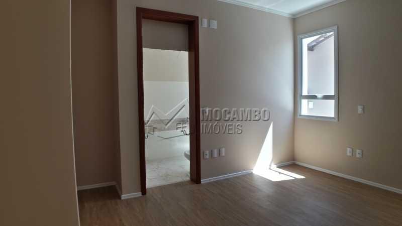 Suíte - Casa em Condominio À Venda - Itatiba - SP - Residencial Fazenda Serrinha - FCCN40122 - 16