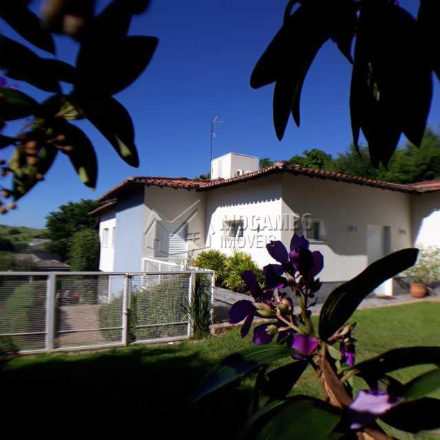 vista do fundo para a casa  - Casa em Condomínio 4 quartos à venda Itatiba,SP - R$ 1.200.000 - FCCN40125 - 28