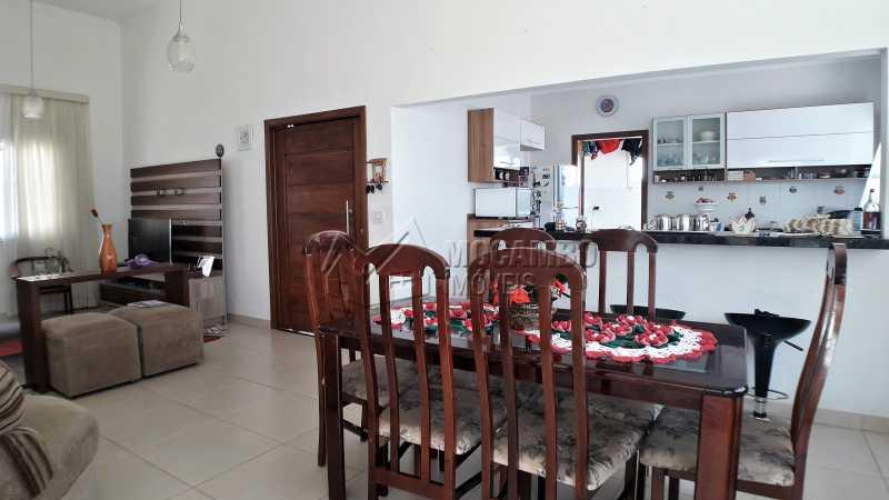 Sala dois Ambientes - Casa À Venda no Condomínio Itatiba Country Club - Residencial Fazenda Serrinha - Itatiba - SP - FCCN30373 - 4
