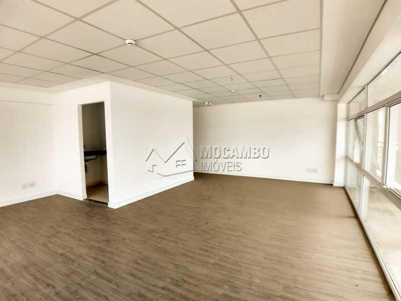 Área Interna - Sala Comercial Para Alugar no Condomínio Edifício Inside Corporate - Vila Cassaro - Itatiba - SP - FCSL00172 - 3