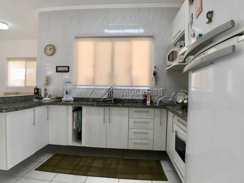 Cozinha - Casa em Condominio À Venda - Itatiba - SP - Jardim México - FCCN30374 - 6