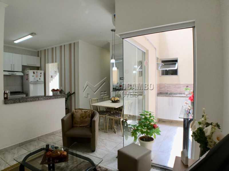 Sala de tv - Casa em Condominio À Venda - Itatiba - SP - Jardim México - FCCN30374 - 4