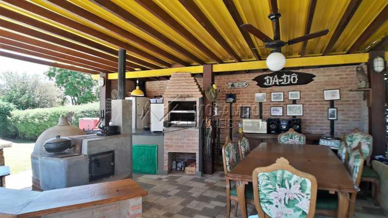 Área Gourmet - Casa À Venda no Condomínio Ville Chamonix - Jardim Nossa Senhora das Graças - Itatiba - SP - FCCN40126 - 8