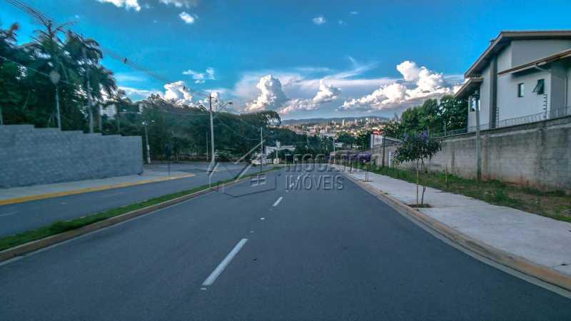 Acesso ao Condomínio - Terreno 384m² À Venda Itatiba,SP - R$ 192.000 - FCUF01181 - 12