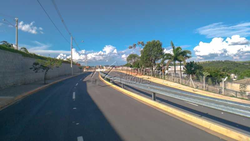Acesso ao Condomínio - Terreno À Venda - Itatiba - SP - Bairro do Engenho - FCUF01183 - 9