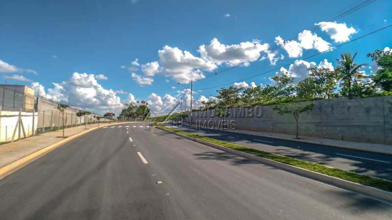 Acesso ao Condomínio - Terreno À Venda - Itatiba - SP - Bairro do Engenho - FCUF01184 - 7