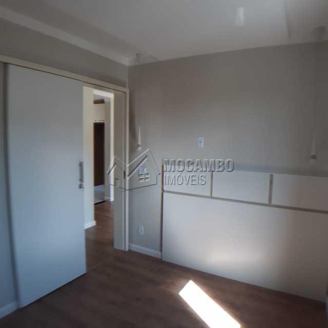 Quarto1 porta correr cabeceira - Apartamento Condomínio Edifício Residencial Reserva da Mata, Itatiba, Jardim das Nações, SP À Venda, 2 Quartos, 55m² - FCAP20881 - 8