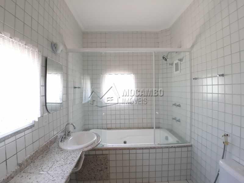 Banheiro suíte master - Casa em Condominio Para Venda ou Aluguel - Itatiba - SP - Residencial Fazenda Serrinha - FCCN40129 - 10