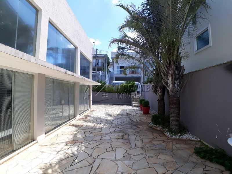 Quintal - Casa em Condominio Para Venda ou Aluguel - Itatiba - SP - Residencial Fazenda Serrinha - FCCN40129 - 15