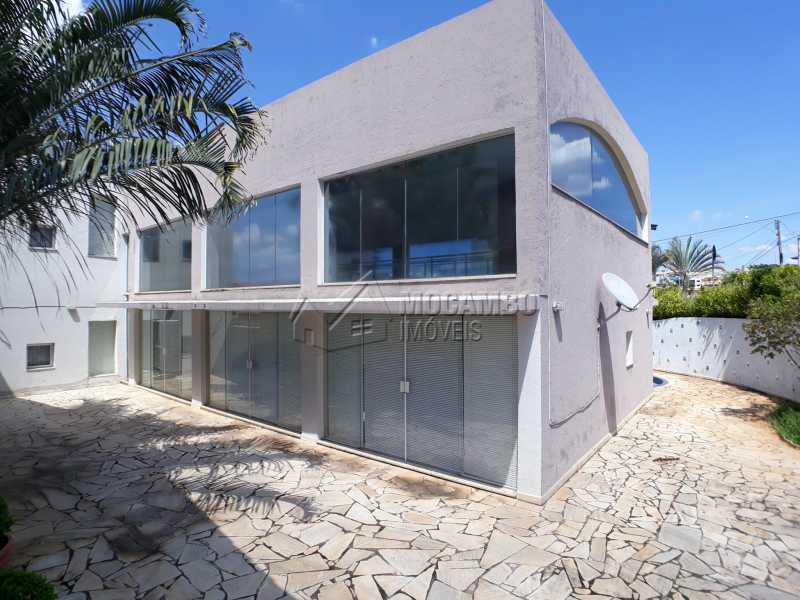 Quintal - Casa em Condominio Para Venda ou Aluguel - Itatiba - SP - Residencial Fazenda Serrinha - FCCN40129 - 17