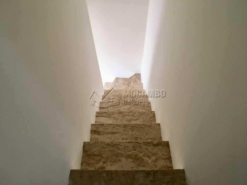 Escada - Casa em Condominio Itatiba,Loteamento Rei de Ouro,SP À Venda,3 Quartos,82m² - FCCN30389 - 9