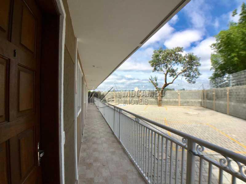 Varanda - Casa em Condominio À Venda - Itatiba - SP - Loteamento Rei de Ouro - FCCN30390 - 16