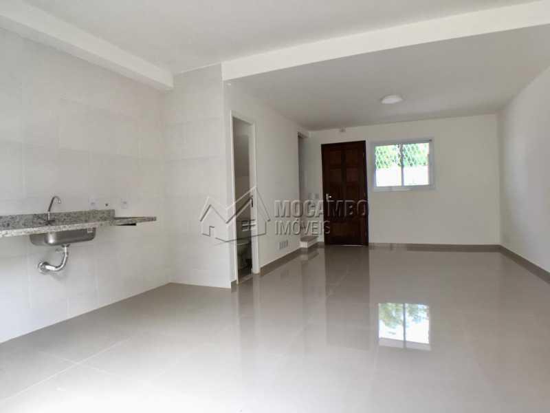 Cozinha / salas - Casa em Condominio À Venda - Itatiba - SP - Loteamento Rei de Ouro - FCCN30393 - 1