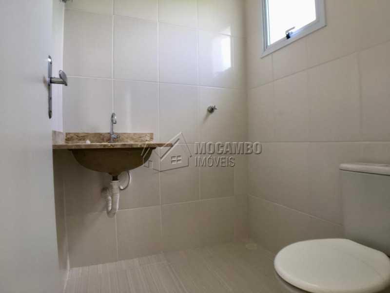 Banheiro suíte - Casa em Condominio À Venda - Itatiba - SP - Loteamento Rei de Ouro - FCCN30393 - 14