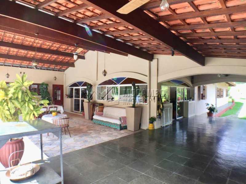 Varanda - Casa em Condominio À Venda - Itatiba - SP - Ville Chamonix - FCCN40130 - 3