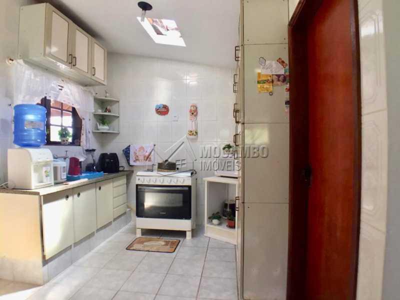 Cozinha - Casa em Condominio À Venda - Itatiba - SP - Ville Chamonix - FCCN40130 - 21