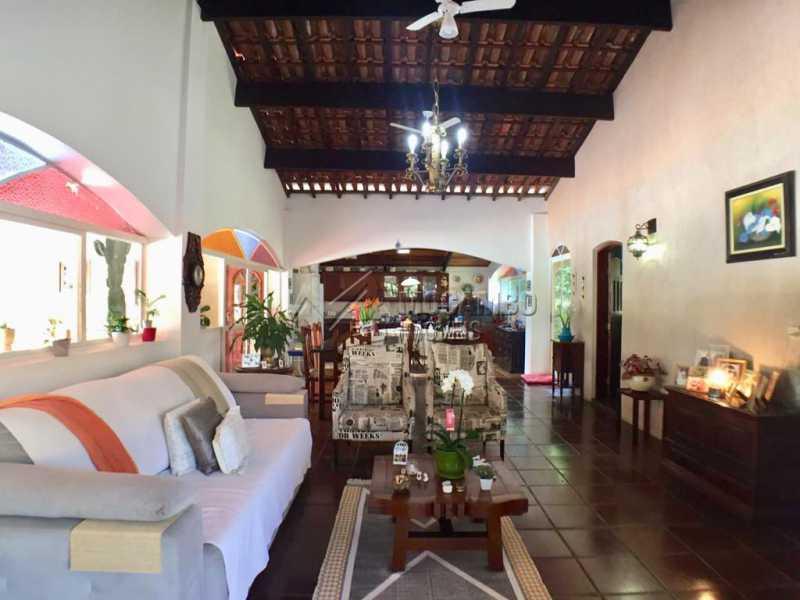 Sala de tv - Casa em Condominio À Venda - Itatiba - SP - Ville Chamonix - FCCN40130 - 23
