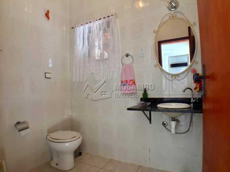 Banheiro área externa - Casa em Condominio À Venda - Itatiba - SP - Ville Chamonix - FCCN40130 - 25