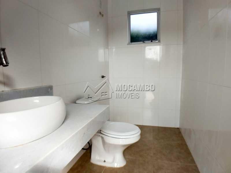 Banheiro Área de Churrasqueira - Casa em Condominio À Venda - Itatiba - SP - Sítio da Moenda - FCCN40131 - 22