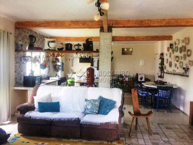 Sala - Casa em Condomínio 2 Quartos À Venda Itatiba,SP - R$ 600.000 - FCCN20028 - 5