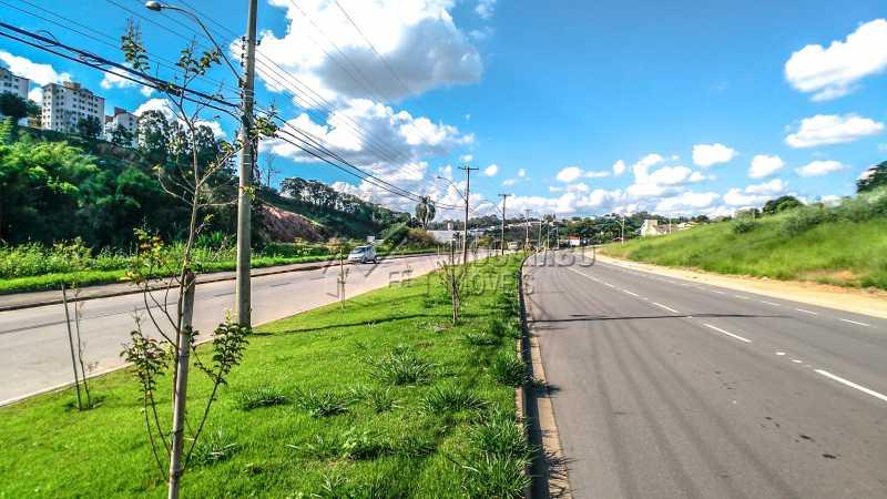 Zoneamento Comercial I - Terreno 1952m² à venda Itatiba,SP - R$ 1.952.400 - FCMF00123 - 3