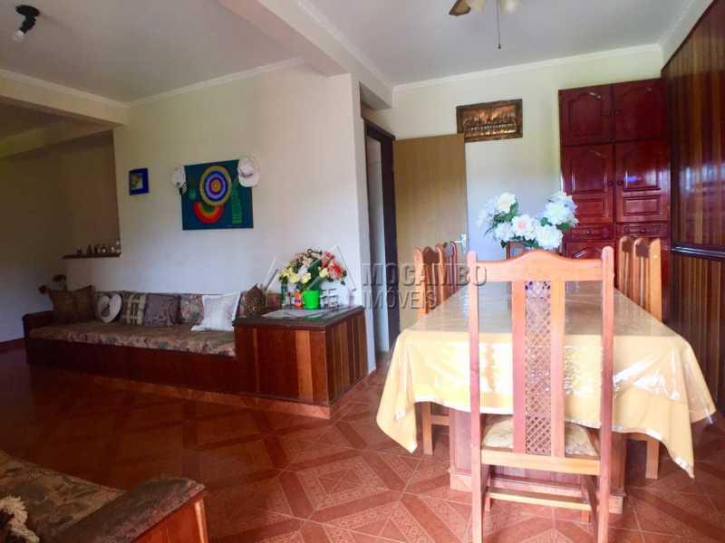 Salas - Casa em Condomínio 6 Quartos À Venda Itatiba,SP - R$ 830.000 - FCCN60008 - 15