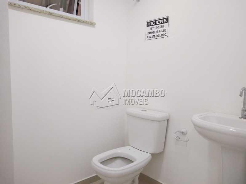 Banheiro 01 - Sala Comercial Para Alugar - Itatiba - SP - Centro - FCSL00195 - 8