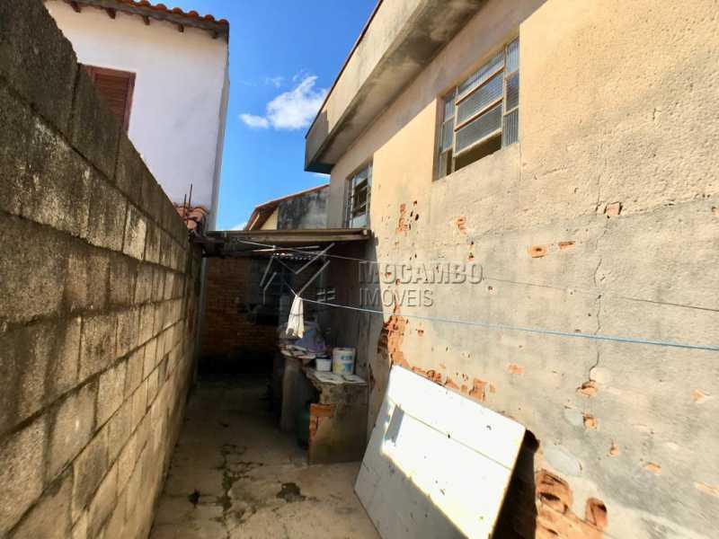 Quintal - Casa À Venda - Itatiba - SP - Vila Centenário - FCCA21189 - 6