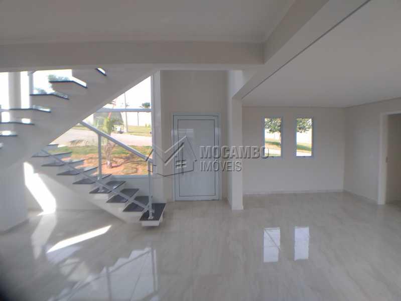 Salas - Casa em Condomínio 4 Quartos À Venda Itatiba,SP - R$ 670.000 - FCCN40137 - 1