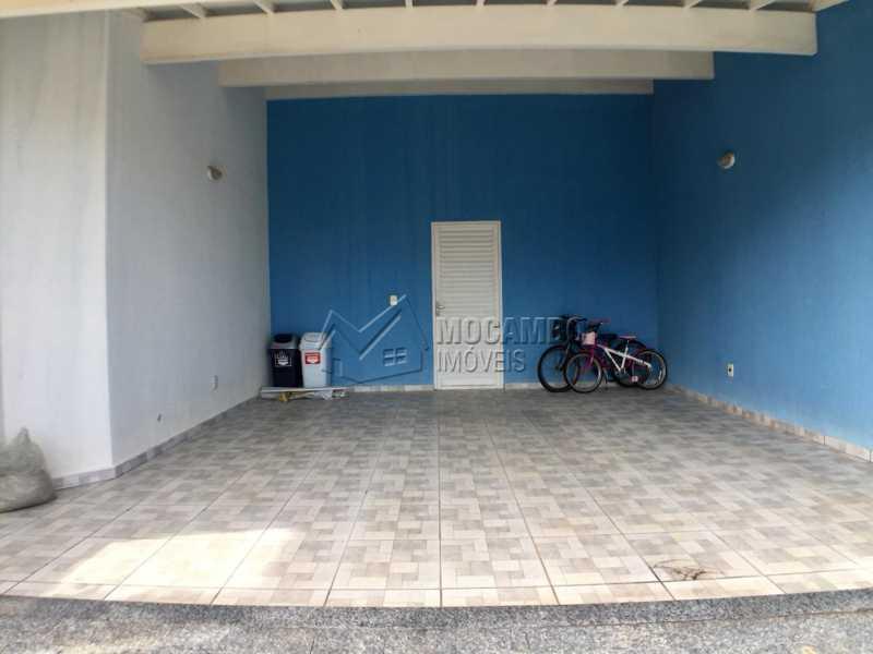 Garagem  - Casa em Condomínio 3 Quartos À Venda Itatiba,SP - R$ 700.000 - FCCN30404 - 14