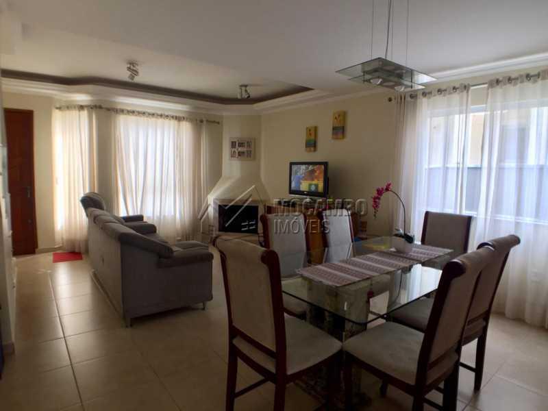 Sala - Casa em Condomínio 3 Quartos À Venda Itatiba,SP - R$ 700.000 - FCCN30404 - 4