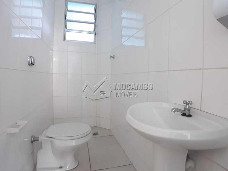 Banheiro 01 - Sala Comercial 120m² para alugar Itatiba,SP - R$ 1.073 - FCSL00200 - 7