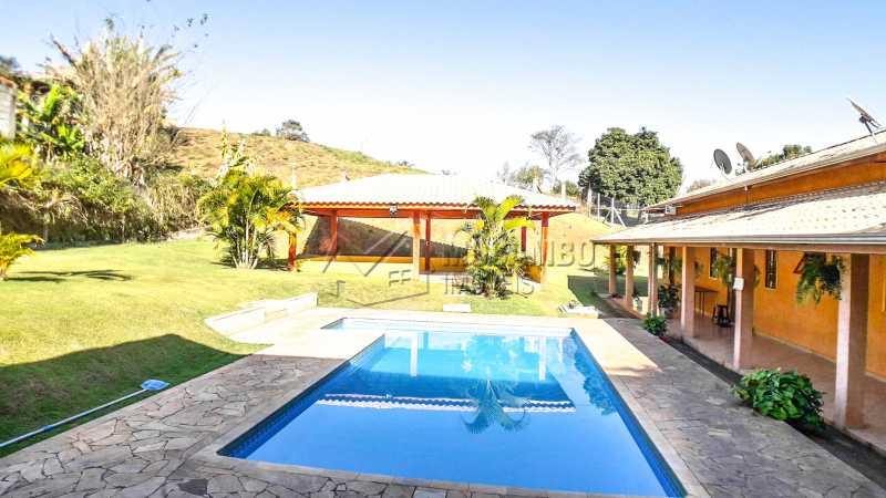 Área Externa da Chácara - Chácara 1282m² à venda Itatiba,SP - R$ 820.000 - FCCH20063 - 5