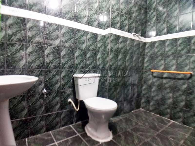 Banheiro Social - Casa 2 Quartos Para Alugar Itatiba,SP Centro - R$ 900 - FCCA21213 - 9