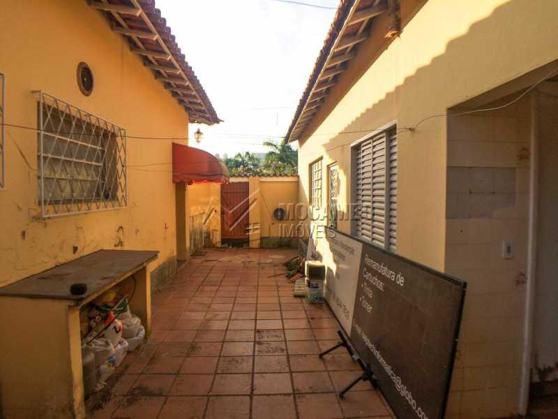 Área externa - Casa 3 quartos à venda Itatiba,SP Centro - R$ 639.000 - FCCA31255 - 24