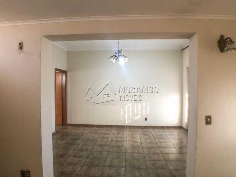 Sala - Casa 3 quartos à venda Itatiba,SP Centro - R$ 639.000 - FCCA31255 - 5