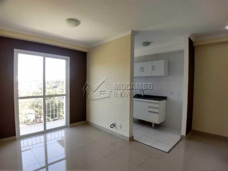 Sala - Apartamento 2 quartos para alugar Itatiba,SP - R$ 1.200 - FCAP20989 - 1