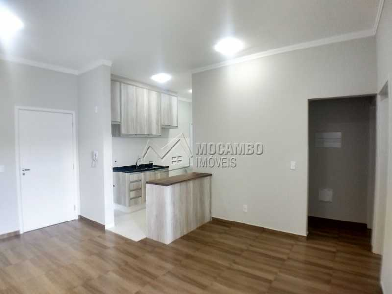 Sala - Apartamento Condomínio Residencial Manacás, Itatiba, Loteamento Santo Antônio, SP Para Alugar, 2 Quartos, 62m² - FCAP20994 - 1