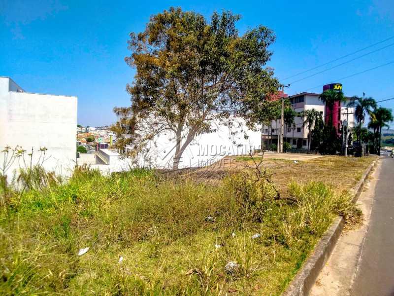 Vista Lateral - Terreno 258m² à venda Itatiba,SP Centro - R$ 275.000 - FCUF01279 - 4